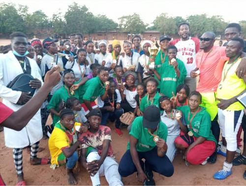 África: Burkina Faso corona campeonas de la copa de softbol femenino