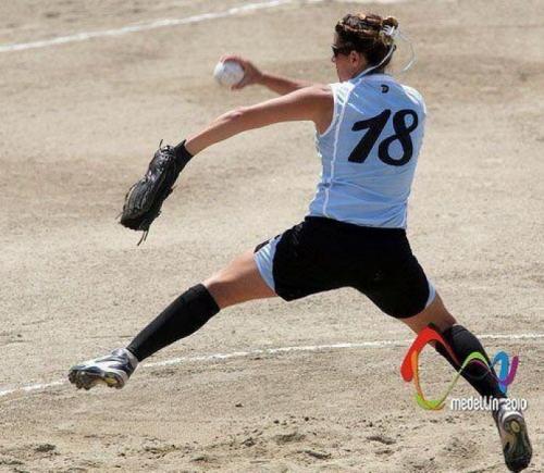 Softbol en Salta: Clínicas para jugadores y técnicos
